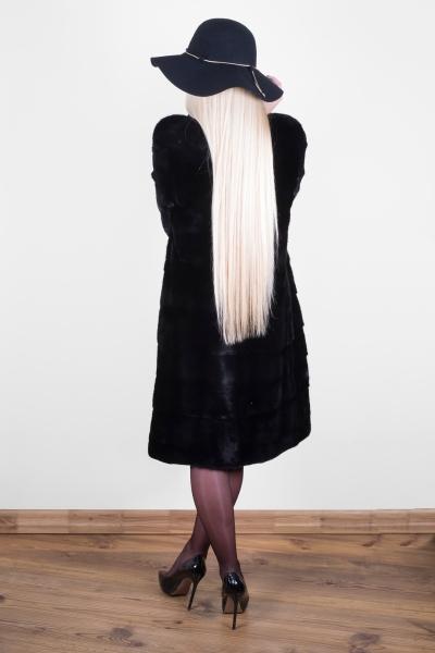 Stilingi, natūralaus audinės kailio kailiniai